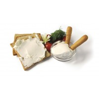 NATURAL SPREADABLE CHEESE